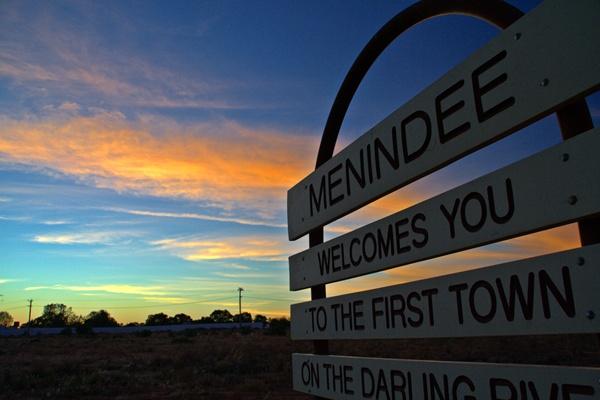 menindee-welcomes-you