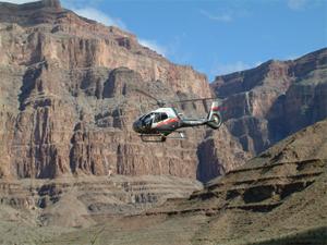 maverick helicopter tours las vegas travel guide. Black Bedroom Furniture Sets. Home Design Ideas